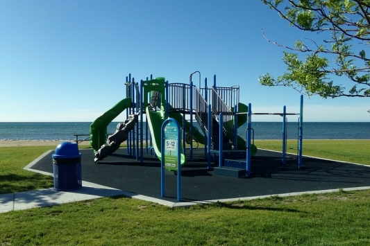 Tawas City, MI - Shoreline Park Playscape